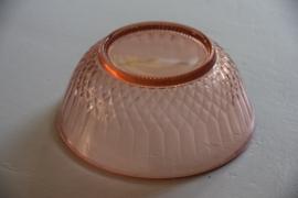 Glazen roze schaal