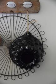 Stoere zwarte puddingvorm
