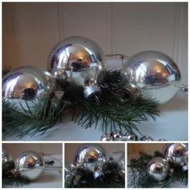 Setje van drie kerstballen