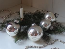 Setje kerstballen