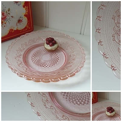 VERKOCHT Roze bord - 2013061