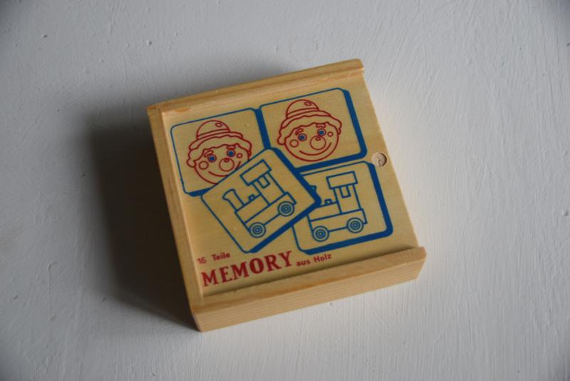 Houten memory