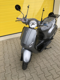 Scooter Btc Vespa Look Special Edition EFI Grijs Metallic