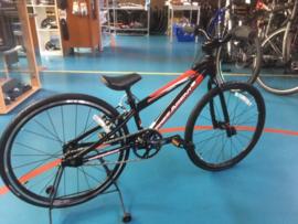 FREE AGENT SPEEDWAY MINI 20 inch Wedstrijd BMX, Zwart/Rood, Gloednieuw