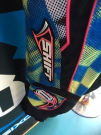 SHIFT ASSAULT Youth 22 BMX Race Broek, Blauw/Geel/Rose/Zwart, Gloednieuw