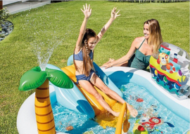 Zwembad met glijbaan - Tropisch Eiland