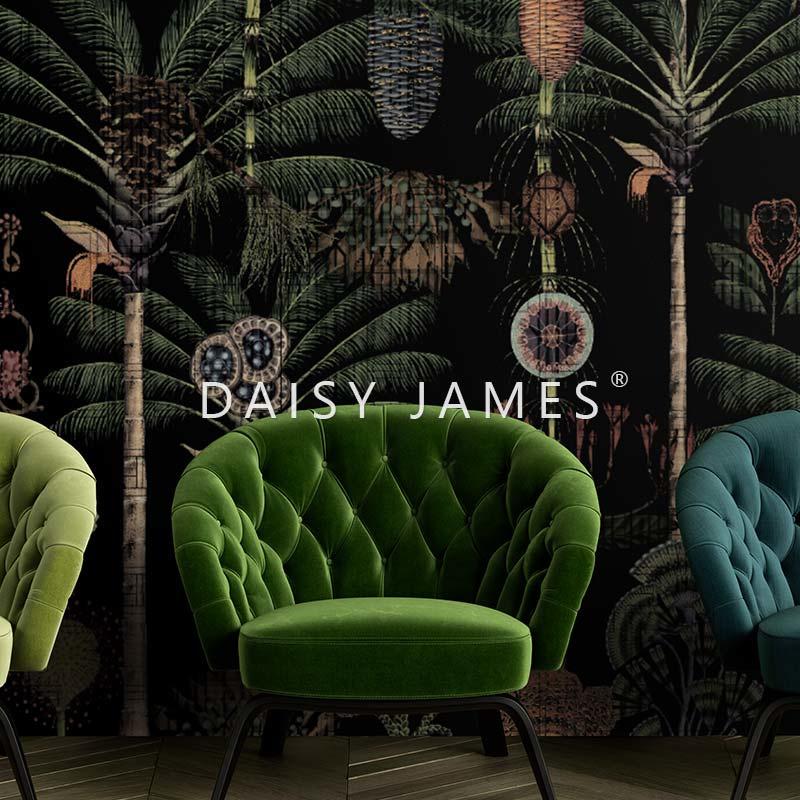 Daisy James THE GARDEN