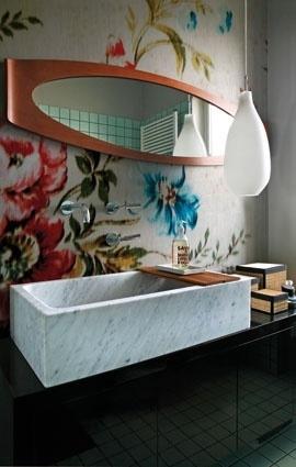 Wall & Deco WET FLOWING FLOWER