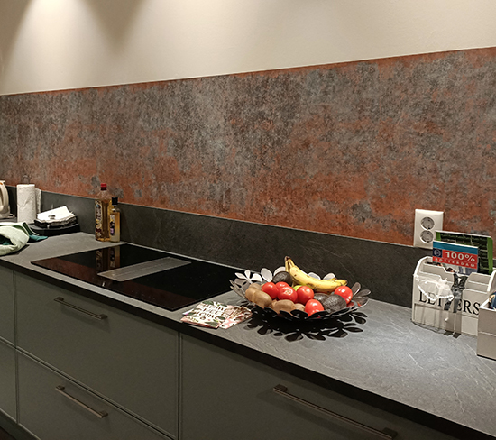 bronze koper kitchenwalls