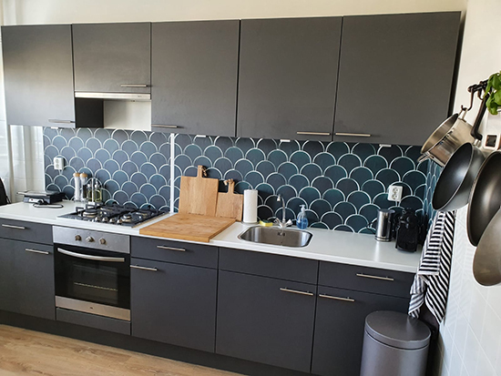 kitchenwalls backsplash wallpaper fish scale