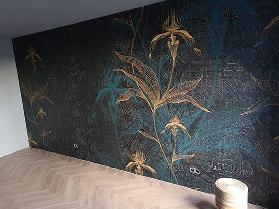 the orchid blue daisy james behangfabriek