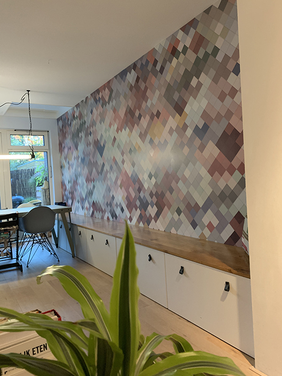 pink tiles by lemon behangfabriek