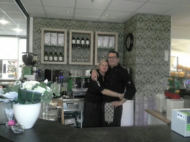 kitchenwalls behang op maat restaurant chez frans