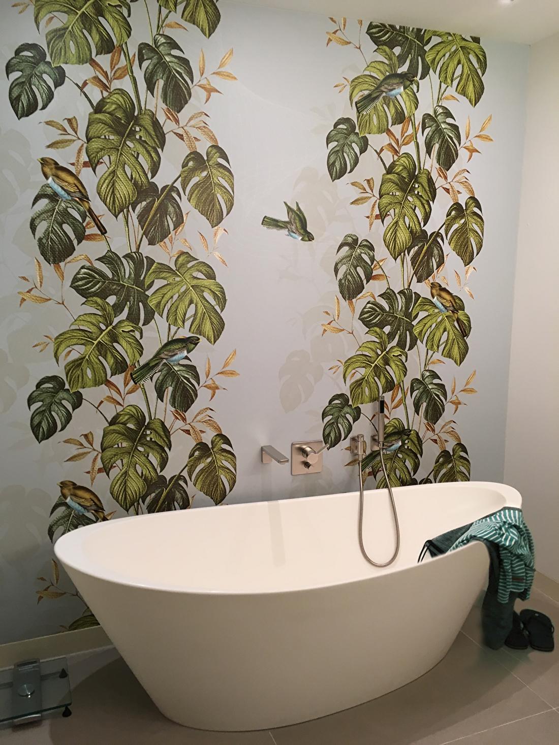 dutch dahlia's design wallpaper saskia van der linden