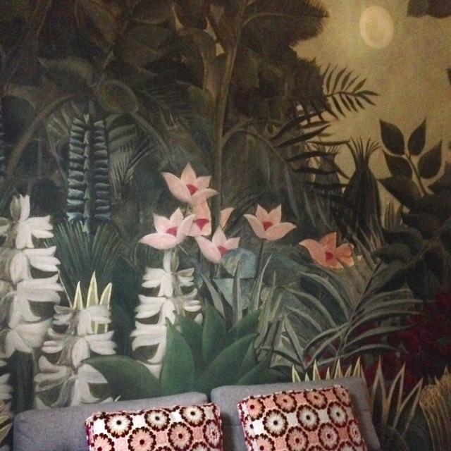 happy customer glamora wallpaper boscage