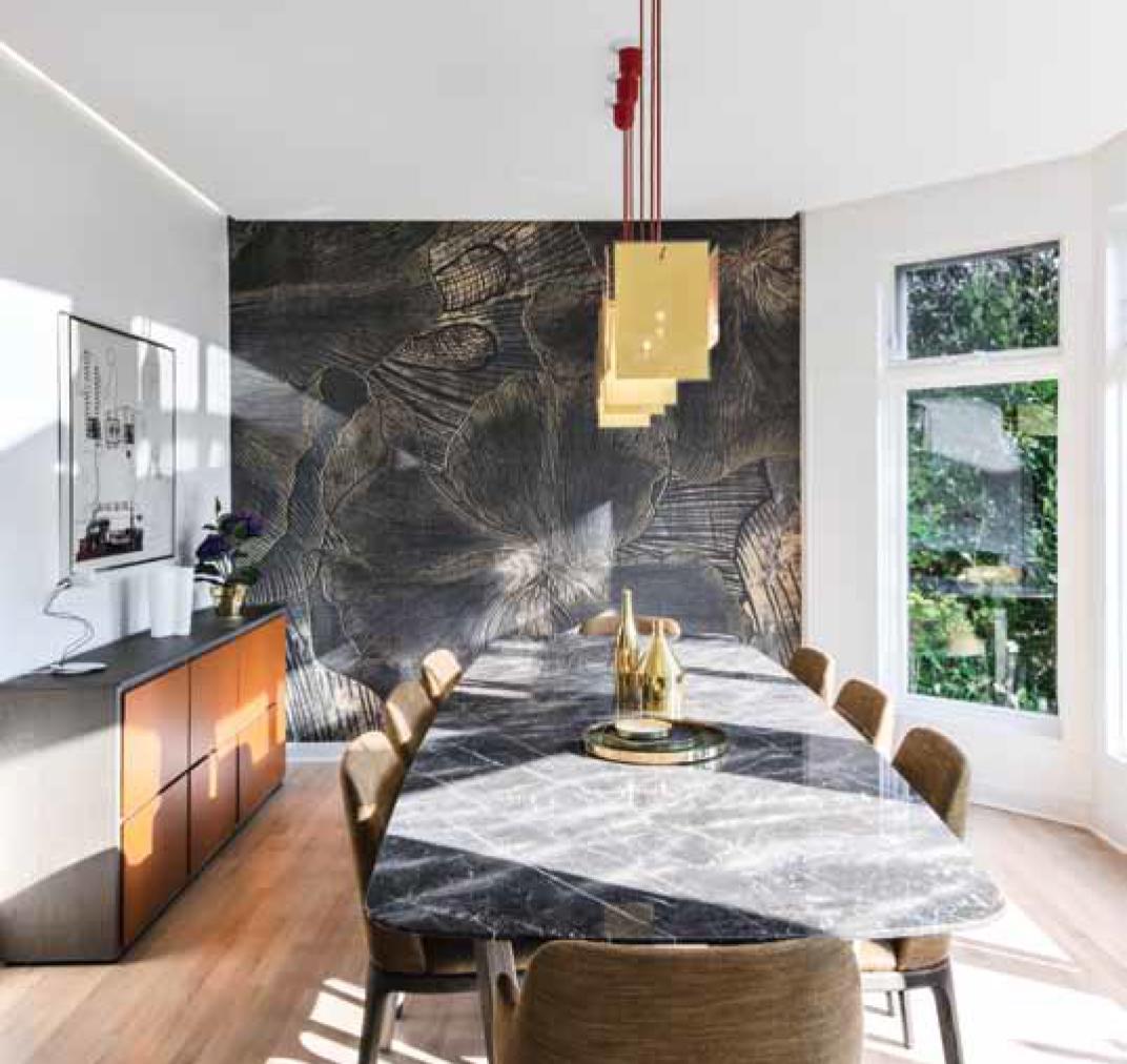 golden darkness wallpaper skinwall behangfabriek
