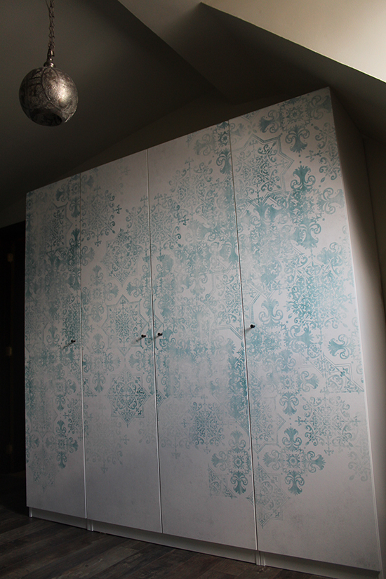 origin wallpaper morocco wardrobe