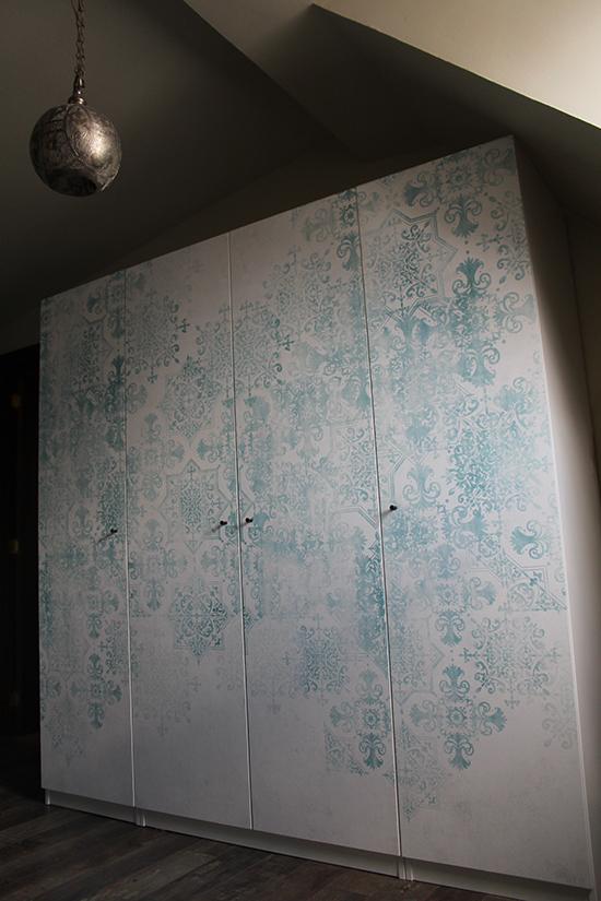 origin wallpaper morocco wardrobe