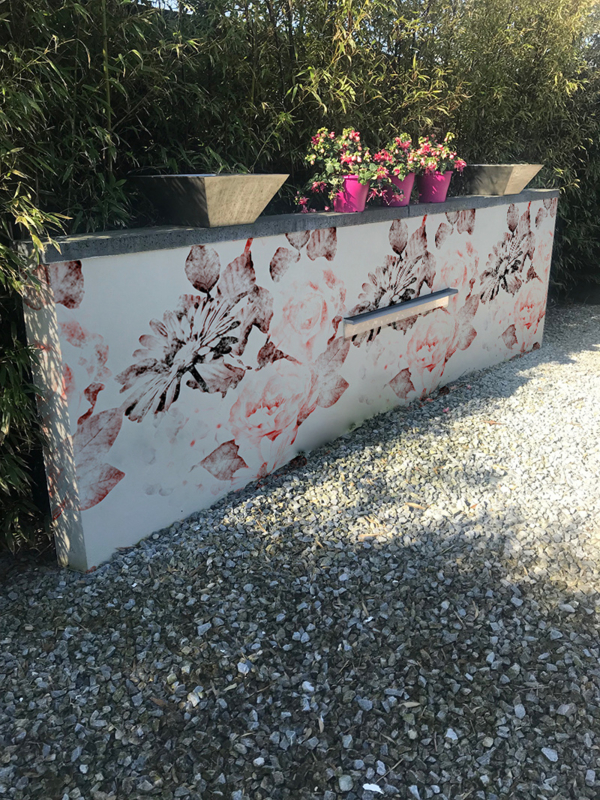 wrap the wall outdoor wallcovering pink roses behangfabriek