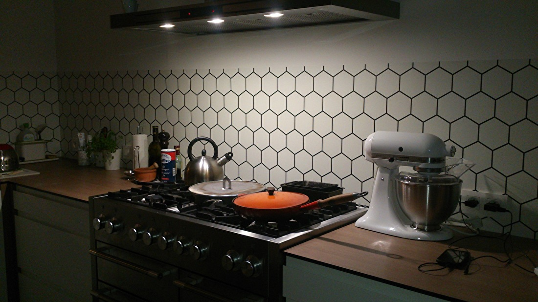 kitchenwalls tapet koch hexagon