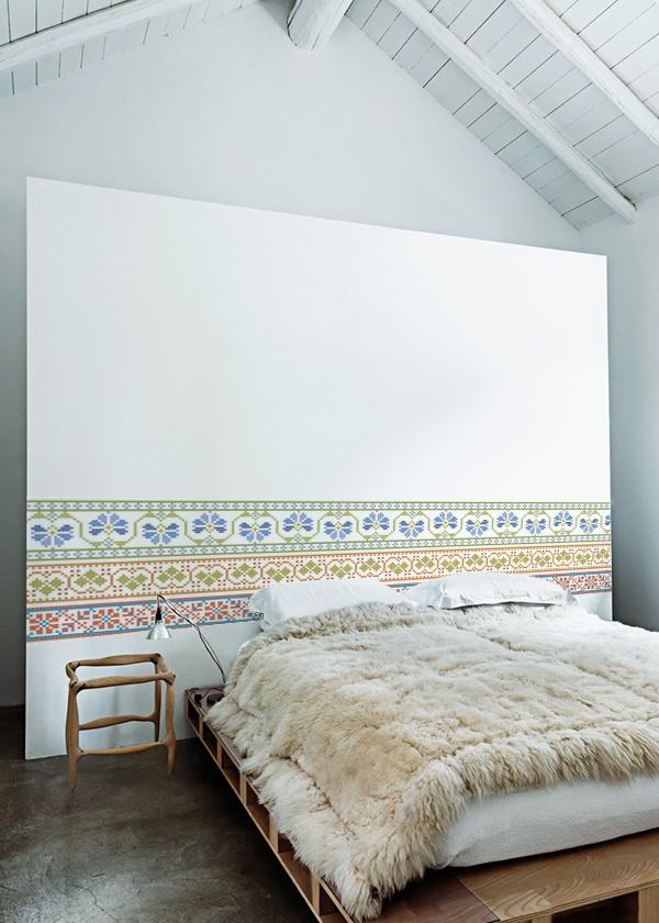 kitchenwalls_wallpaper_embroidery slaapkamer