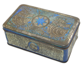 Tobacco tin in blue / silver with embossed with ships for star-tobacco by Niemeijer