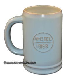 Amstel bier aardewerk bierpul uit de jaren '60, pastelblauw