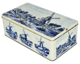 Vintage rectangular tin with various windmills in Delft blue / white