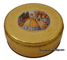 Vintage romantic biscuit tin