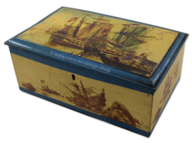 Vintage blikken trommel met oude schepen, galjoenen