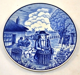 Delftware plate the four seasons 'Summer' (picking apples)