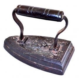 Plancha de hierro Antigua. Número 7.