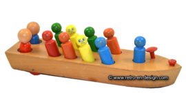"""Vintage """"Nooitgedagt"""" houten speelgoedboot"""