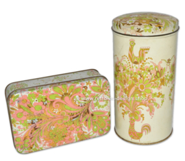 Vintage pair of tins made by Verkade with stylized birds and flowers