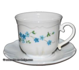 Arcopal Veronica, taza de café con platillo