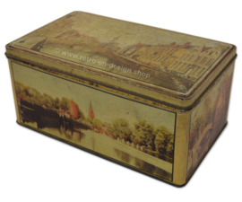 Vintage tin by Jacques Chocolaterie