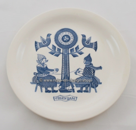 Vintage breakfast plate with an image of Volendam and traditional costumes, Maastricht, 1961-1962