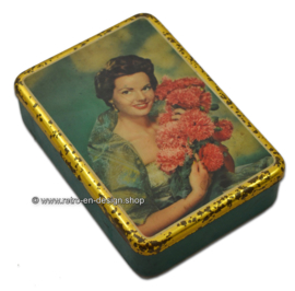 Vintage 50s cigars tin with picture of a woman on lid