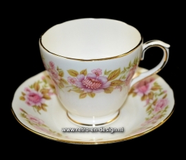 Duchess Summer Glory. Bone china England. Kop en schotel.