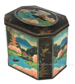 Vintage Japans souvenirblikje voor fruitsnoepjes met afbeelding van pagode en de berg Fuji
