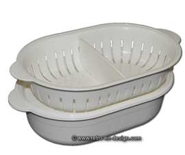 Vintage Tupperware oval serving tray with colander