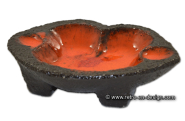 Vintage oranje/rood geglazuurde aardewerk asbak van chamotte klei