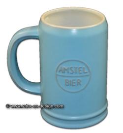 Amstel bier aardewerk bierpul uit de jaren '60, lichtblauw