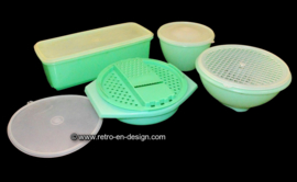 Vintage Tupperware sixties - seventies kitchen set