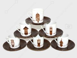 Komplettes Set aus sechs verschiedenen Tassen und Untertassen des Uhrenservice Nutroma von Mitterteich Porzellan