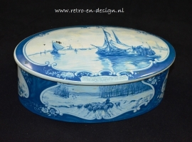 Delft Blue canister