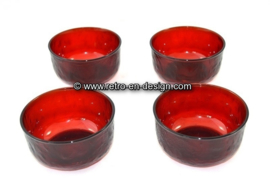Arcoroc Sierra glasware, small bowl in ruby red