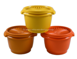 Set of three Tupperware star or starlette bowls 1977