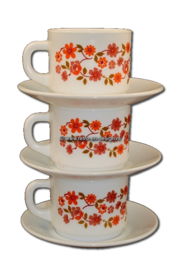 Arcopal France 'Scania' soupcup and saucer