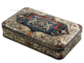 Vintage tin with Dutch coat of arms, Je maintiendrai